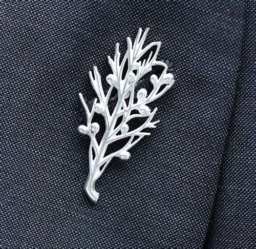 The Gin Guild Pin