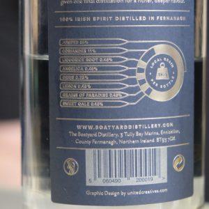 boytard-gin-botanicals-bottle-particular